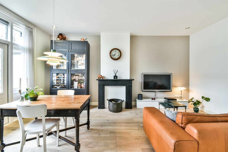 Bekijk foto 2 van Jan van Riebeekstraat 22 2