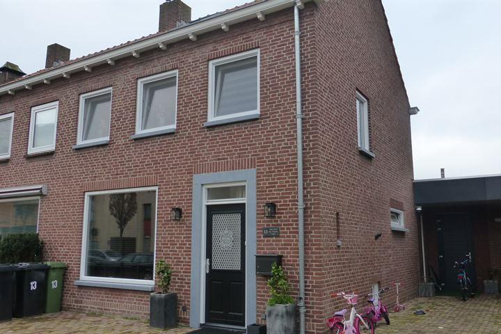 Julianastraat 13