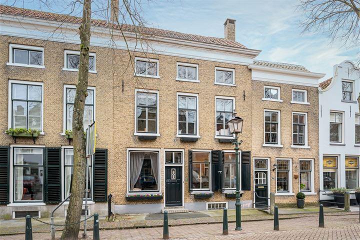 Voorstraat 24