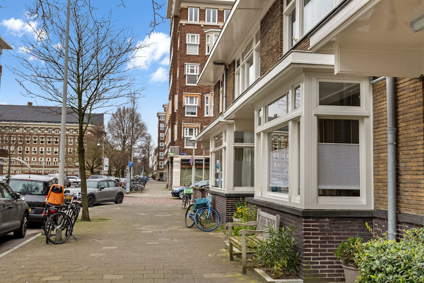 View photo 3 of Rubensstraat 75