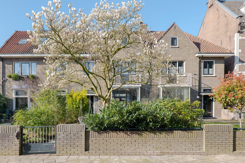 Bekijk foto 1 van Zuiderkerkstraat 30