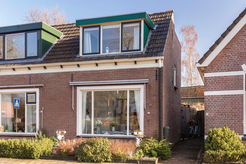 Bekijk foto 1 van Jan Hooglandstraat 61