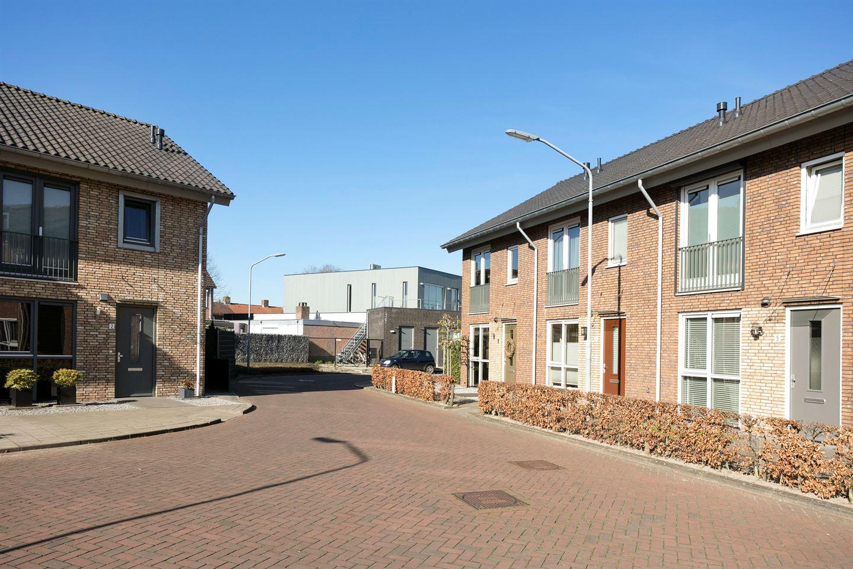 Bekijk foto 3 van Sint Jozefhof 1