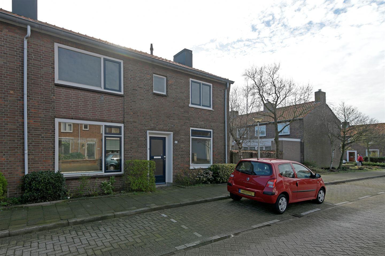 View photo 2 of Rijnweg 177