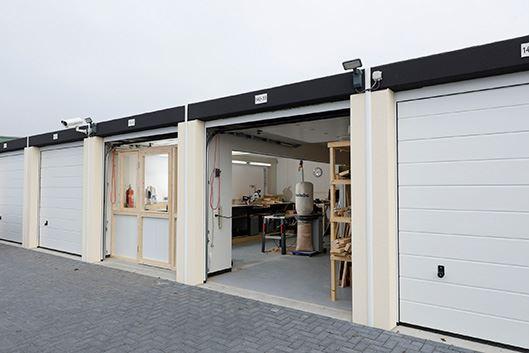 View photo 2 of Bijsterhuizen Zuid