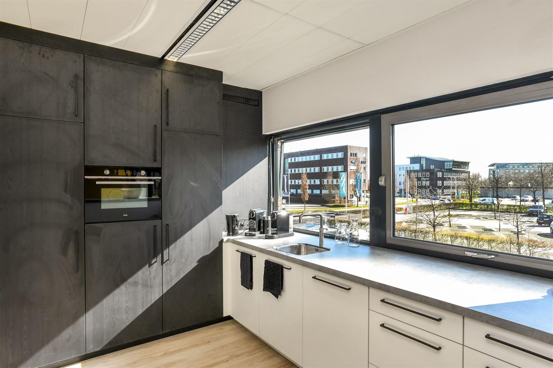 Bekijk foto 7 van Mr E.N. van Kleffensstraat 4 Offices