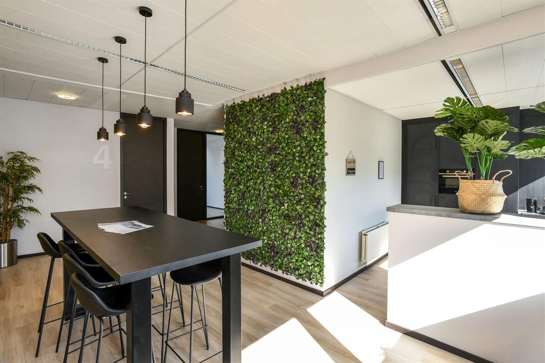 Bekijk foto 6 van Mr E.N. van Kleffensstraat 4 Offices