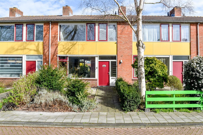 Bekijk foto 1 van Leuvenstraat 3