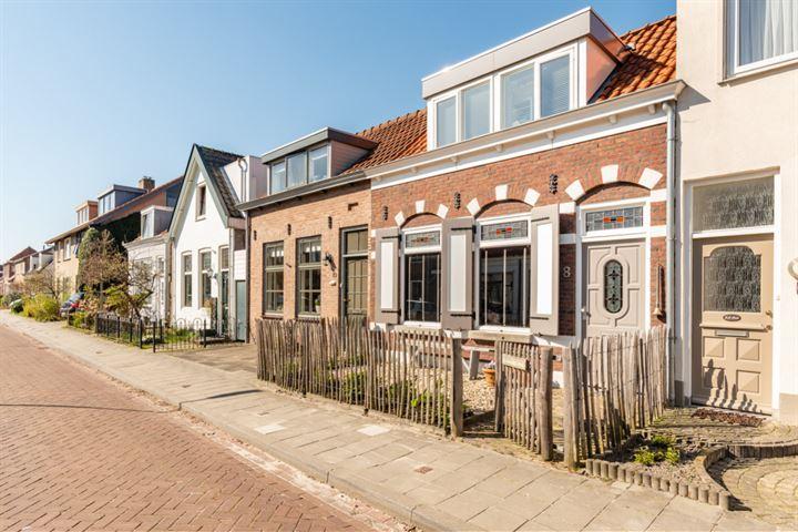 Braamstraat 8