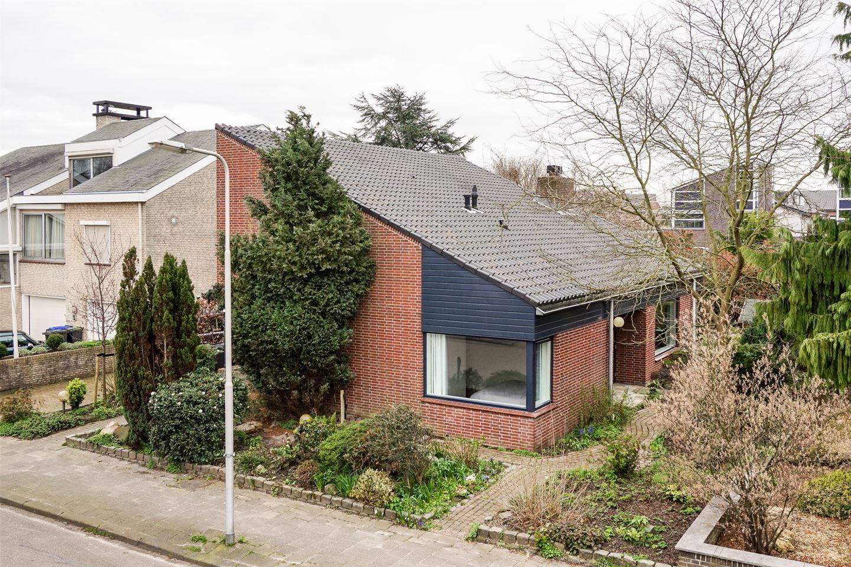 Bekijk foto 3 van Van Vredenburchlaan 65