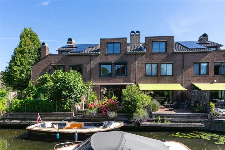 Domela Nieuwenhuislaan 3