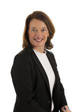 Annemarie van Duuren (NVM real estate agent)