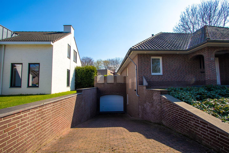 Bekijk foto 3 van Willem Alexanderlaan 22