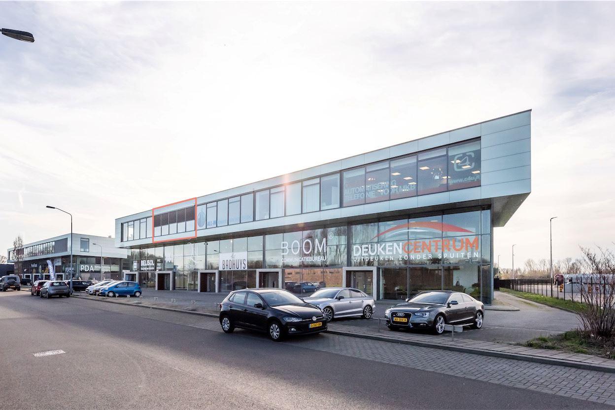 View photo 4 of Neerloopweg 38