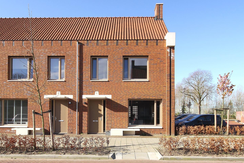 Bekijk foto 1 van Hertog Godfriedstraat 32