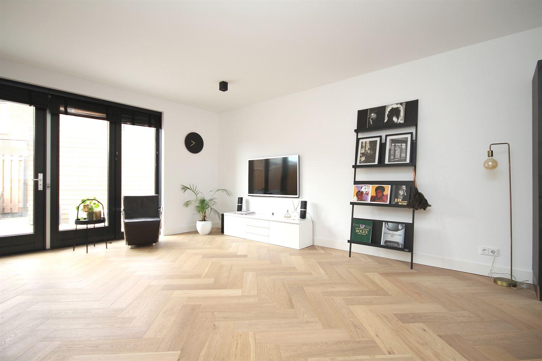 Bekijk foto 4 van Hertog Godfriedstraat 32