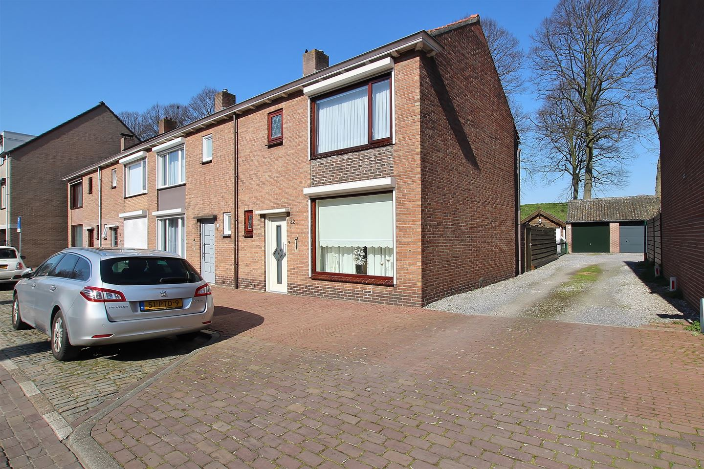 Bekijk foto 1 van Nieuweweg 32