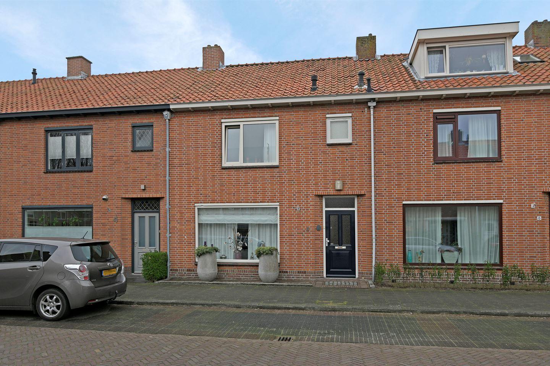 Bekijk foto 1 van Jasmijnstraat 6