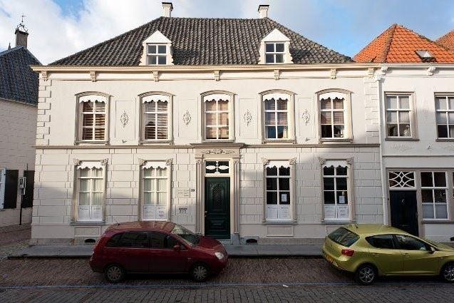 Bekijk foto 1 van Marktstraat 15