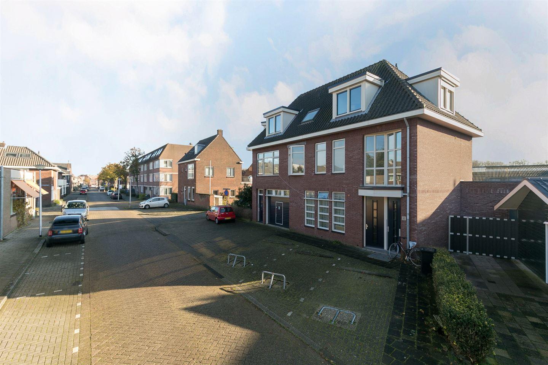 Bekijk foto 2 van Eerste Hieronymus van Alphenstraat 6