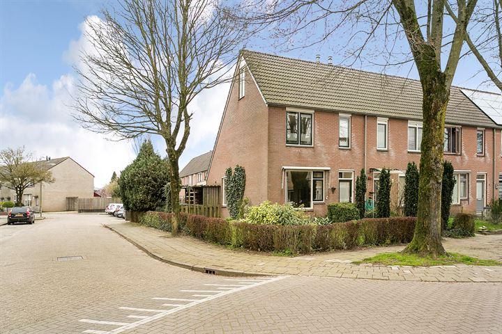 Hullandstraat 8