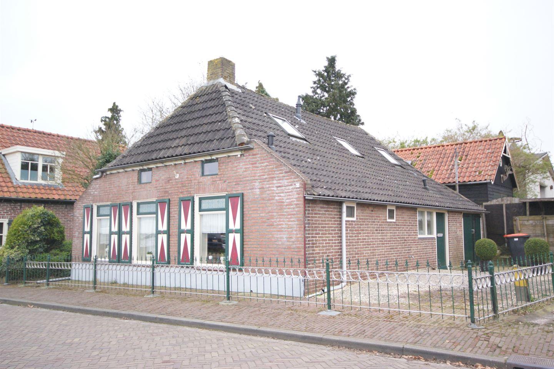 View photo 1 of Kloosterweg 46