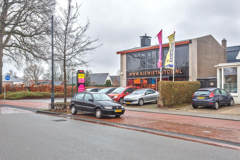 Bekijk foto 3 van Stationsweg 144