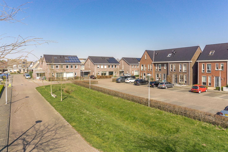 Bekijk foto 2 van Burgemeester Hommesstraat 7