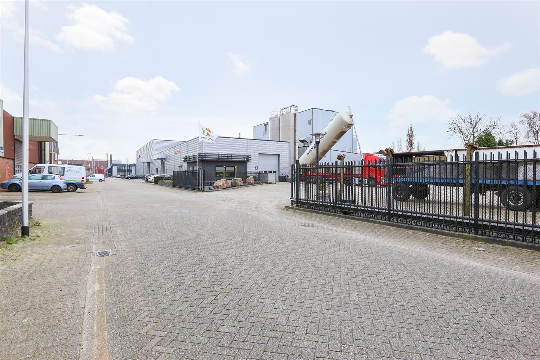 Bekijk foto 2 van Industriestraat 25