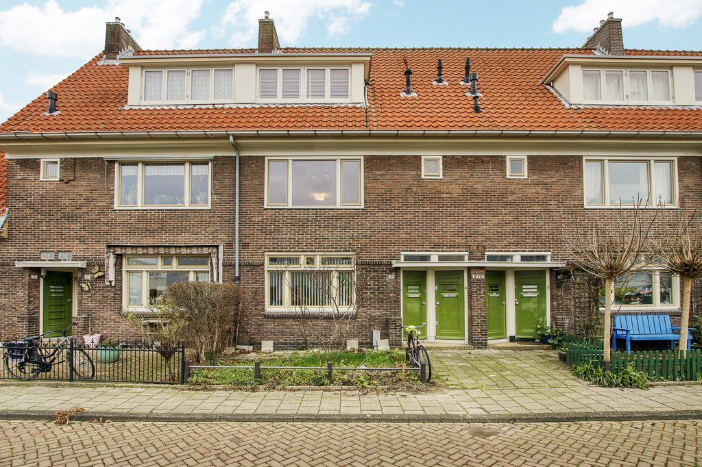 View photo 1 of Ploegstraat 181