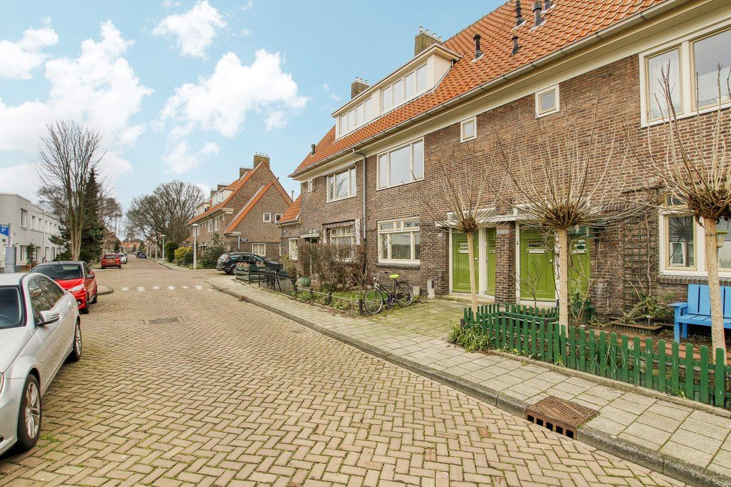 View photo 4 of Ploegstraat 181