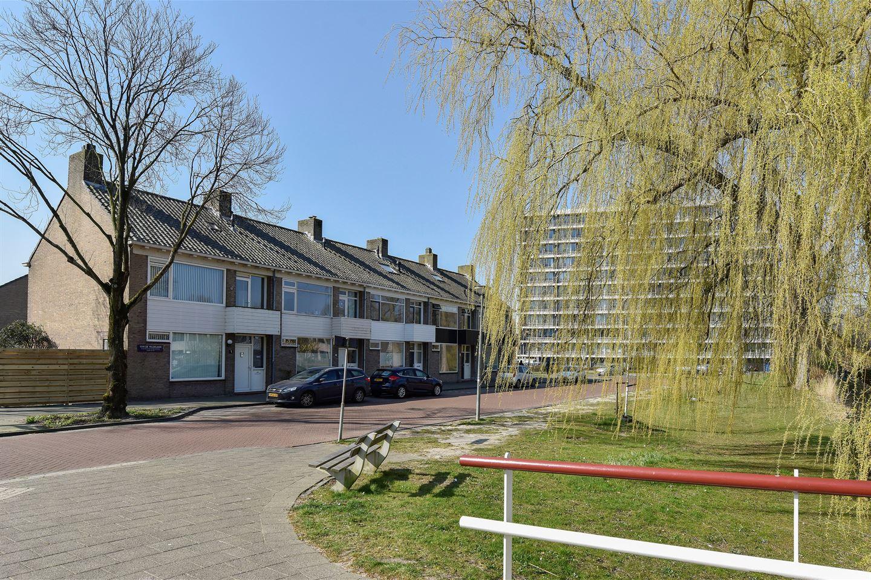 Bekijk foto 4 van Van de Veldelaan 5