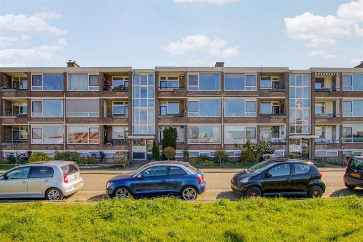 Jan van Riebeeckstraat 138