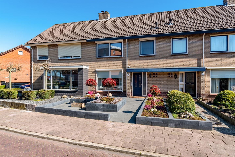 Bekijk foto 1 van Veldstraat 66