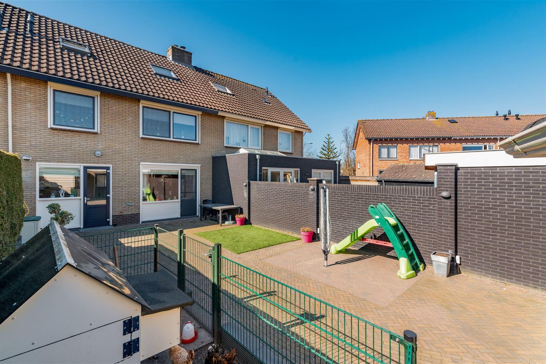Bekijk foto 2 van Veldstraat 66