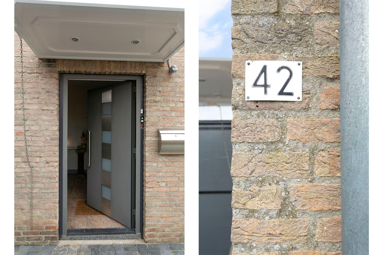 Bekijk foto 3 van Colijnstraat 42
