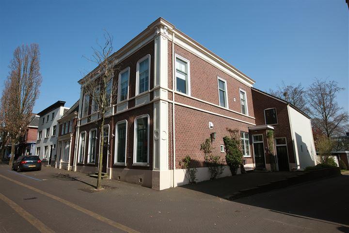 Kerkstraat 15