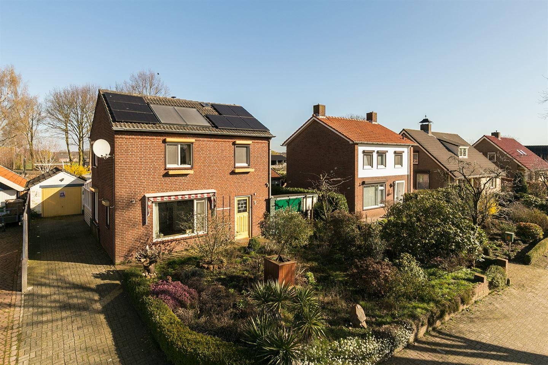 Bekijk foto 2 van Bredeweg 5