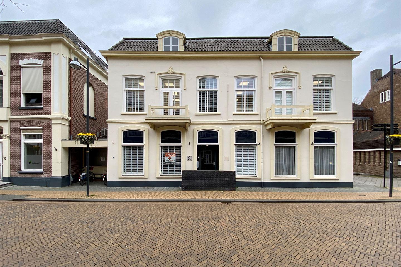 Bekijk foto 1 van Burgemeester van Nispenstraat 6