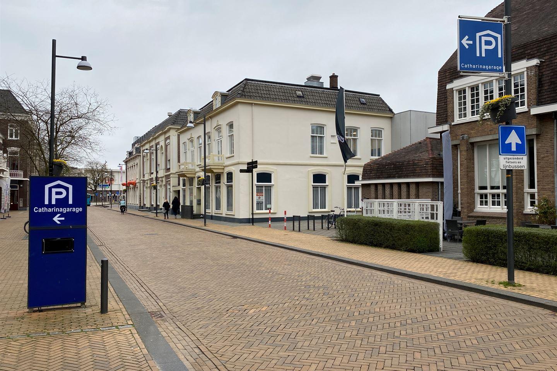 Bekijk foto 3 van Burgemeester van Nispenstraat 6