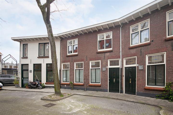 Oranjestraat 14