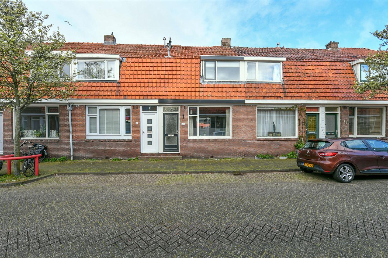 Bekijk foto 1 van Pieter Latensteinstraat 19