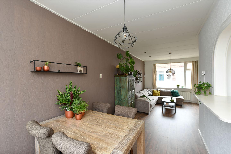 Bekijk foto 3 van Pieter Latensteinstraat 19
