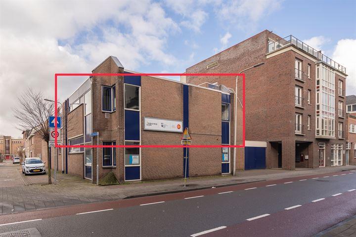 Bisschop Zwijsenstraat 35, Tilburg