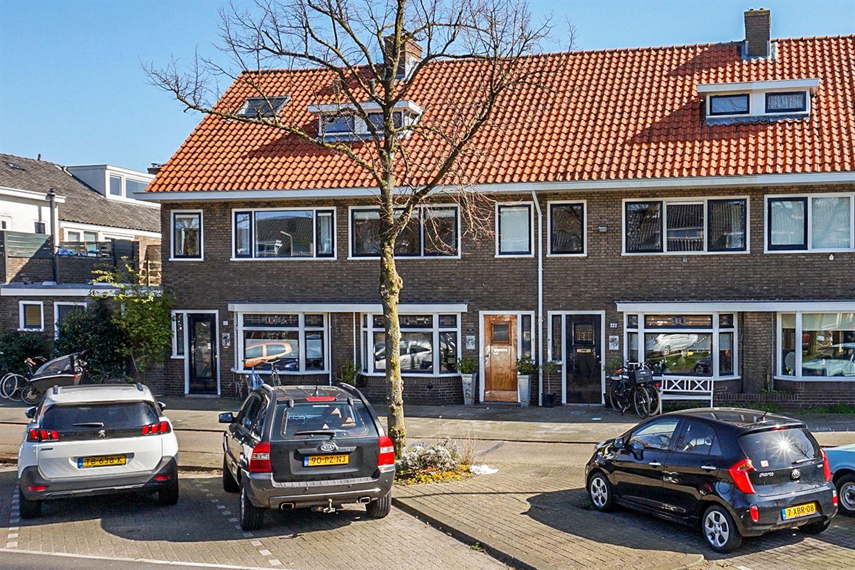 Bekijk foto 1 van Rijnlaan 220