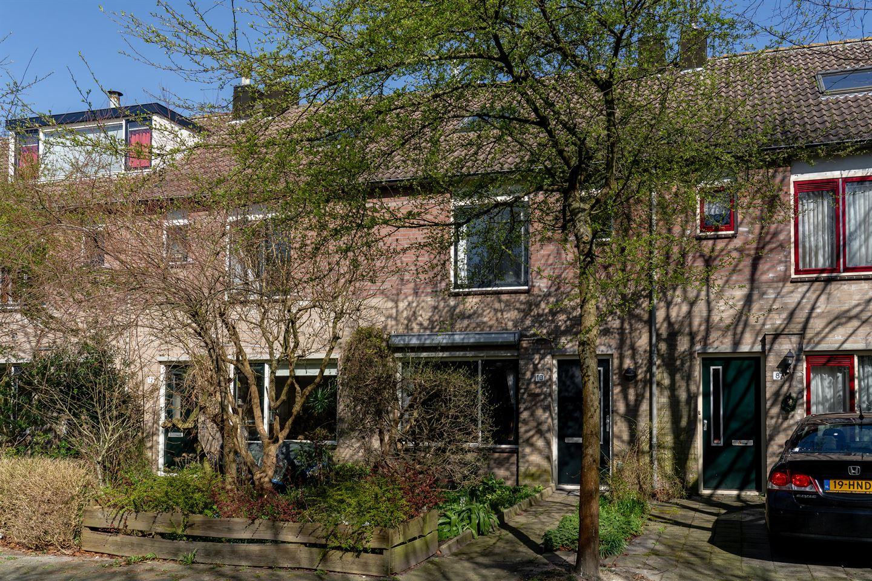 Bekijk foto 1 van Teugestraat 10