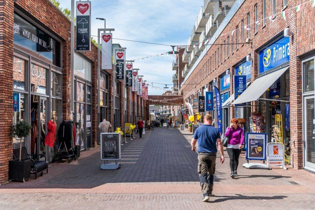Bekijk foto 2 van Graaf Willem II straat 40