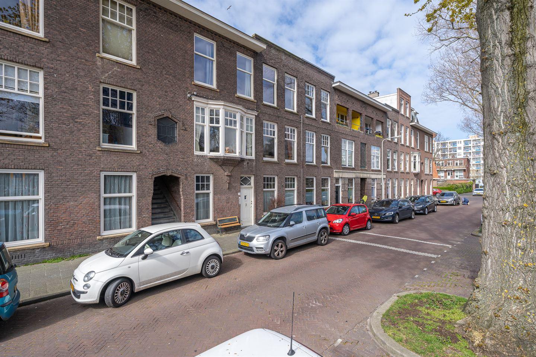 Bekijk foto 2 van Valkenboskade 660