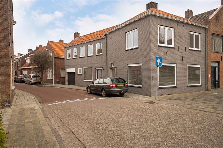 Walstraat 2