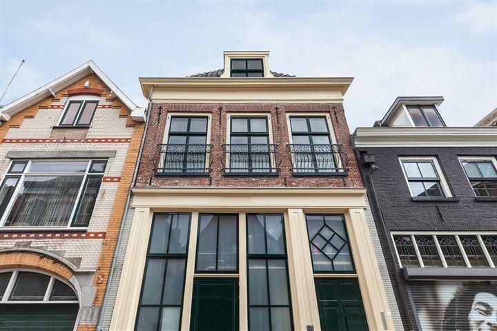 Boven Nieuwstraat 121 -B